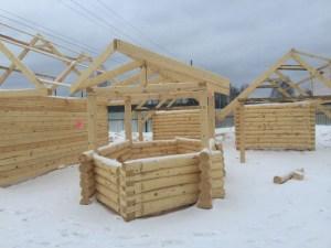 """Цена деревянного дома также будет зависеть от того, какой тип строительства вы выберете. Например, строительство """"под ключ"""""""
