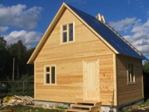 Небольшой домик для дачи
