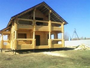 Бревенчатый дом в Костроме