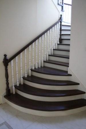Лестница, на сегодняшний день, одна из главных составляющих интерьера вашего дома