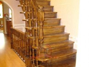 Деревянная лестница, модель «Кардинал»