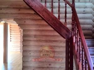 Подойдет, если по Вашему проекту нет специального места под лестницу