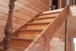 Монтаж перил межэтажной лестницы