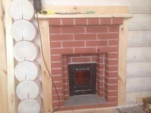 Камин поможет вам создать уютную атмосферу внутри дома