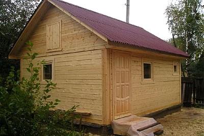 Зубцовский район, домик из бруса 200х200 с фронтонами из доски