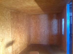 Внутреннее обустройство бытовки, которую можно использовать как место проживания, пока ведется строительство вашего дома