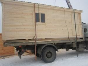 Транспортировка бытовки производится без затруднений и при помощи такой техники