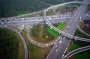 Боровское шоссе не так давно претерпело реконструкцию, теперь, это одно из самых прогрессивных и развитых дорожных трасс Москвы