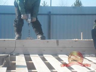 Нагеля устанавливаются по периметру с заданным шагом