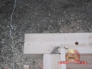 Угловое соединение деревянного дома из бруса