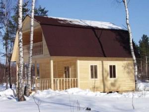 Дом из зимнего леса
