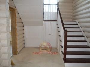 Деревянная лестница модели «Практика»