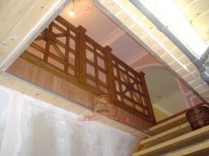 Так выглядит ограждение лестницы 3 этажа снизу