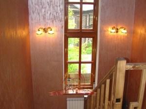 Спуск и современные деревянные окна