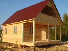 Или небольшой дачный домик из бруса