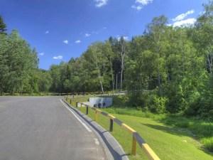 Рублево-Успенское шоссе - это место для загородных экскурсий. Кто же не хочет поселиться среди такой природы?