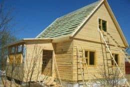 Сруб деревянного дома в Бетлице